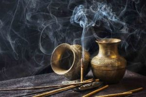 Sandalwood incense ritual for money